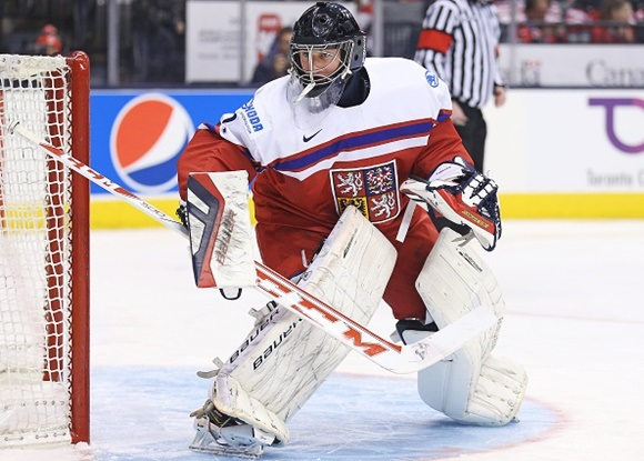 Photo: Vitek Vanacek enhanced his already considerable international resume when he played for the Czech Republic at the 2015 IIHF World Junior Championships. (Courtesy of Claus Andersen/Getty Images)