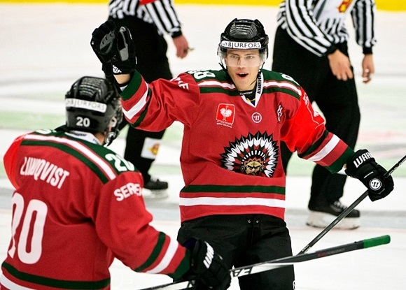 Johnson one of a trio of NHL-drafted Frolunda forwards to star in 2015-16